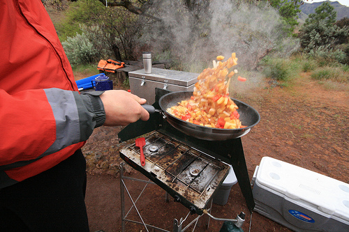 fry pan toss
