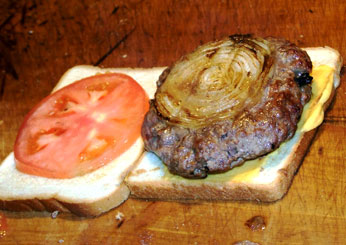burger-lunch-white bread