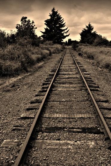Dark RR Tracks SB