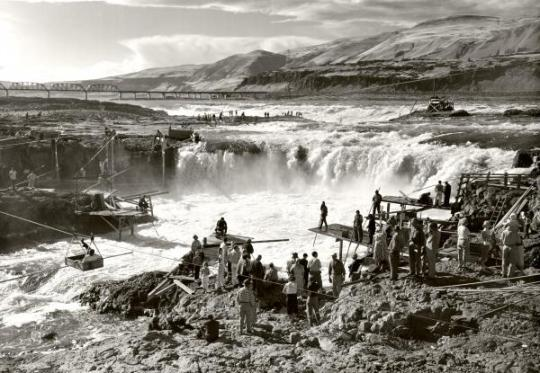 celilo-falls-unknown