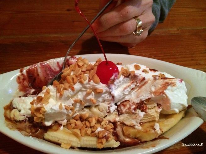 Photography-Dessert-Banana Split-Food-SwittersB