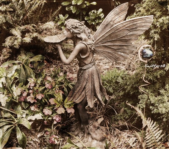 Photography-Yard Art-Garden-Fantasy-Fairy-SwittersB
