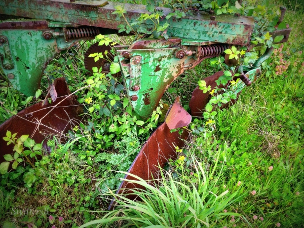 photography-farms-plow-old-SwittersB