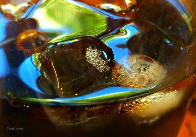 photography-ice cubes-bubbles-macro-SwittersB