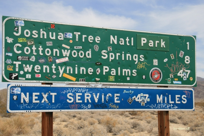photography-Joshua Tree-sign-Cottonwood-SwittersB