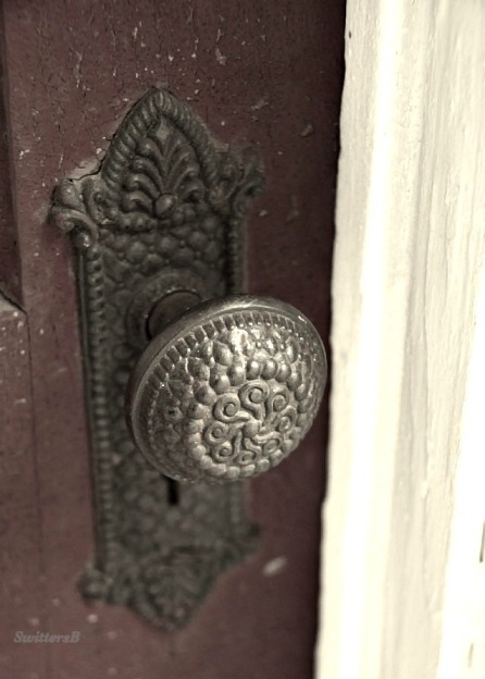 photography-old door knob-farm-SwittersB
