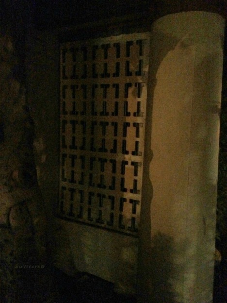 photography-stonework-partition-night-SwittersB