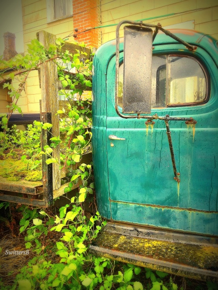 Photography-Switters-Old Truck-Rural