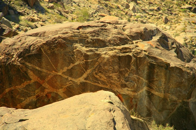 photography-tahquitz canyon-rock designs-SwittersB