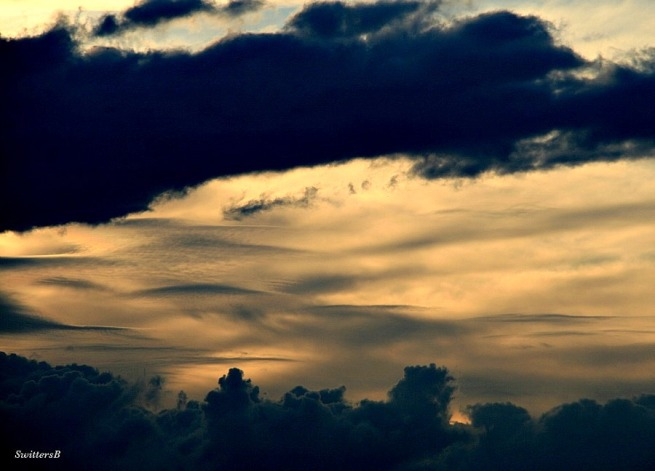 photography-clouds-sunset-layers-SwittersB