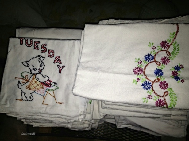 Dish Towels-Linens-Embroidery-Memories-SwittersB