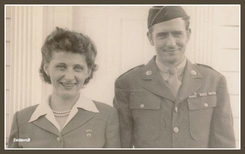 mom--dad-1943-framed-cropped