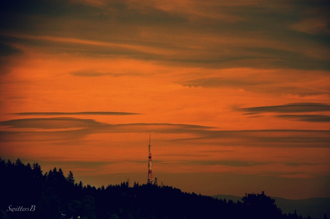 clouds-lenticular-tower-west hills-Portland-photography-SwittersB