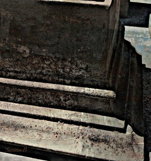 corners-design-gritty-rust-photogaphy-SwittersB