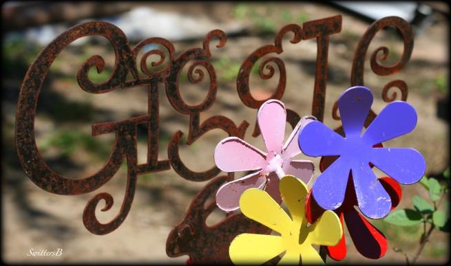 giggle-yard art-photography-SwittersB