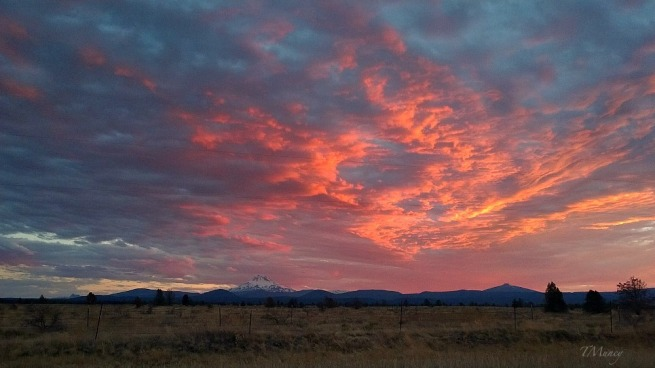 high desert-Central Oregon-Sunset-Clouds-Tony Muncy-SwittersB