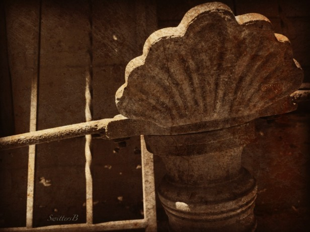 ornamental-gate-designs-cracked-photography-SwittersB