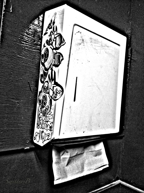paper towels-tavern-sink-dirt-SwittersB-photography