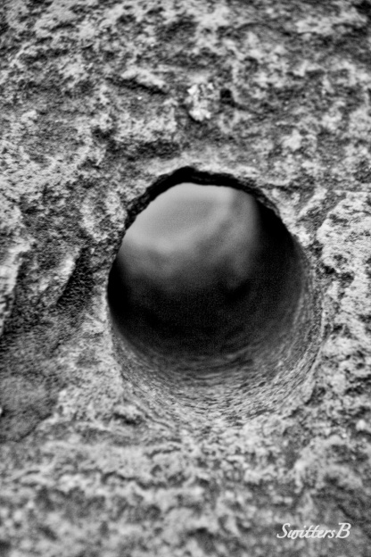 hole in the wall-rock-hole-photography-SwittersB