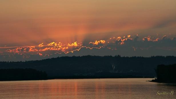sunset--Oregon-Columbia River-photography-SwittersB