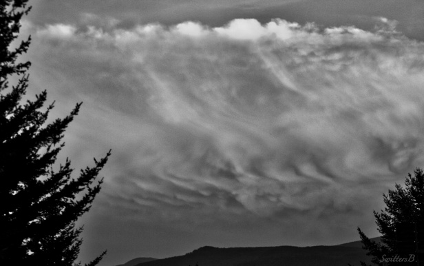 wavy cloud-weather-photography-nature-SwittersB