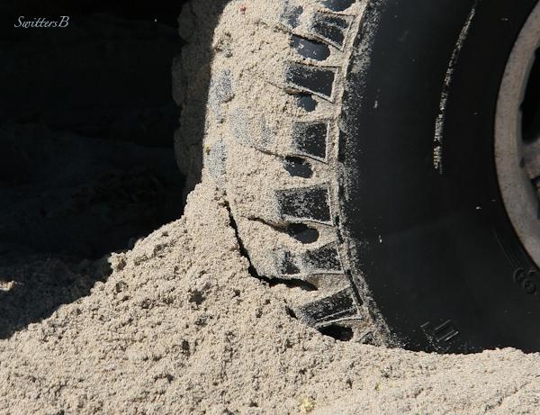 beach-sand-stuck-tire-photography-SwittersB