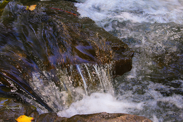 over the edge-SwittersB-water-rapids-Oregon-river-photography