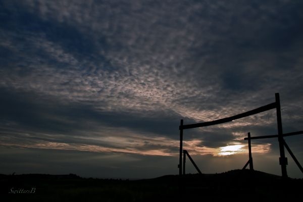the gates-ranch-early morning-Oregon-photography-SwittersB