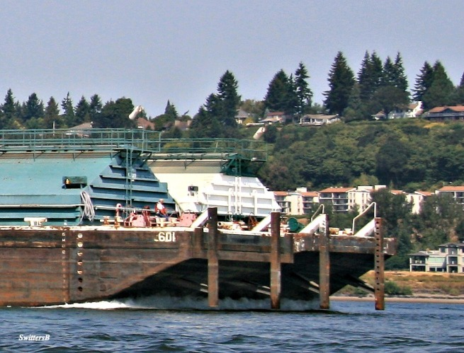 tug-barge-Columbia River-SwittersB-boating-photography
