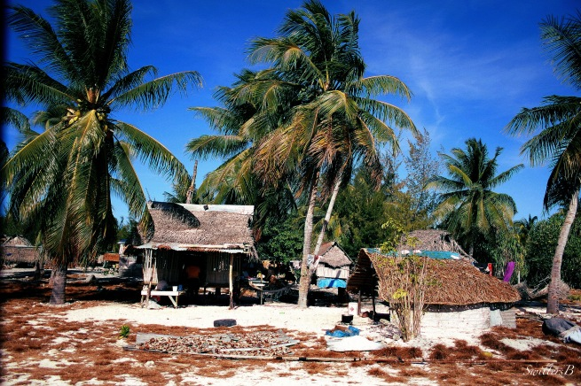 kiritimati-village-travel-SwittersB-photography