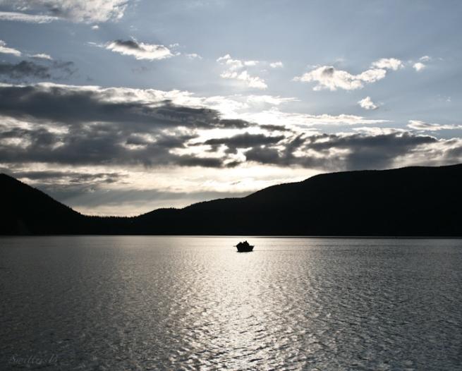 one boat-Oregon-East Lake-fishing-photography-solitude-SwittersB