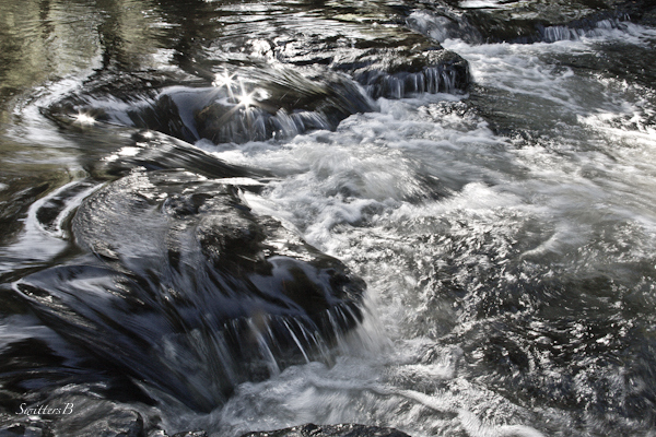 river-rapids-froth-diamonds-nature-photography-SwittersB