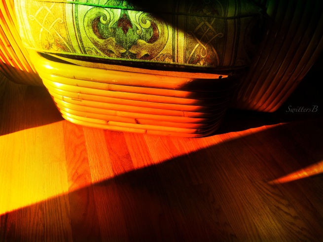 shadows-Ritts Tropitan-rattan-furniture-photography-SwittersB