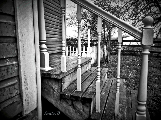 back steps-rural-life-photography-SwittersB