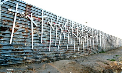 border wall crosses murders SwittersB Mexico