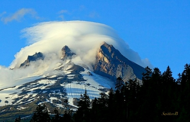 Cloud Cap-Mt. Hood-Oregon-Photography-SwittersB