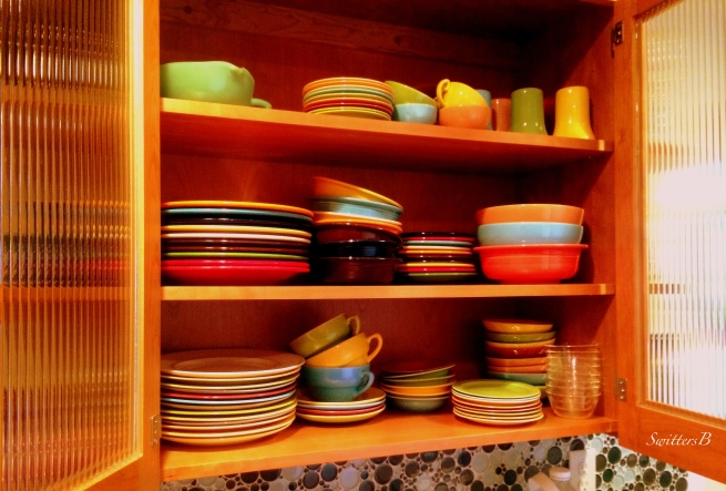 +color-plates-cupboard-dinnerware-reeded glass-SwittersB