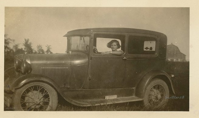 farm-rural-Wisconsin-Aunt-photography-vintage car-SwittersB