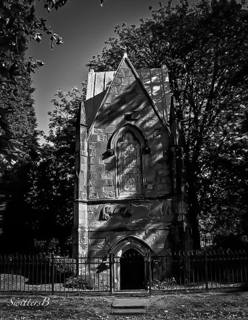 Lone Fir-Mausoleum-cemetery-Portland-SwittersB