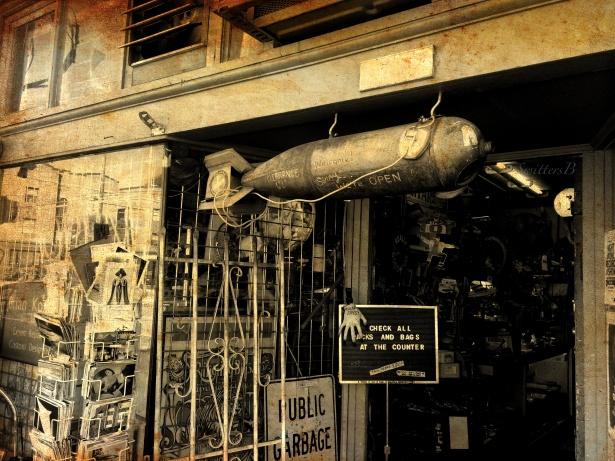 junk store-portland-photography-hawthorne-SwittersB-Oregon