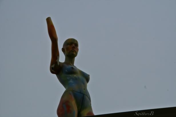 nude-roof-Portland-SwittersB-photography