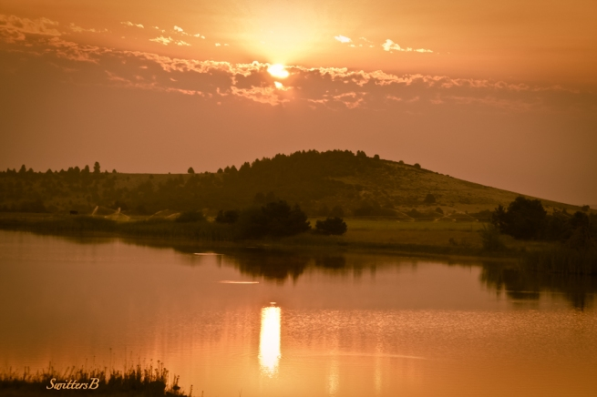 sunrise-new day-beginning-lake-fish rising-Oregon-SwittersB-image