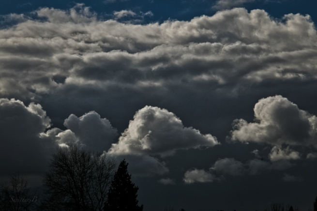 puffy clouds-Spring-Oregon-dark clouds-SwittersB