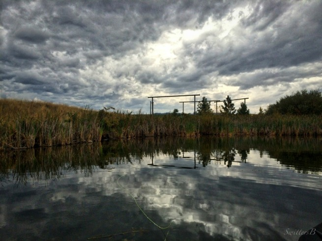 reflection-lake-fly line-Oregon-SwittersB-brooding clouds
