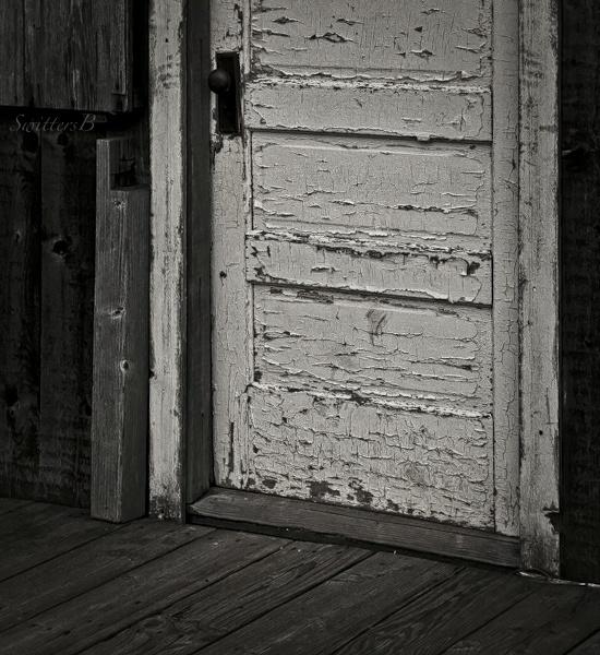 threshold-old door-rural-SwittersB-peeling paint