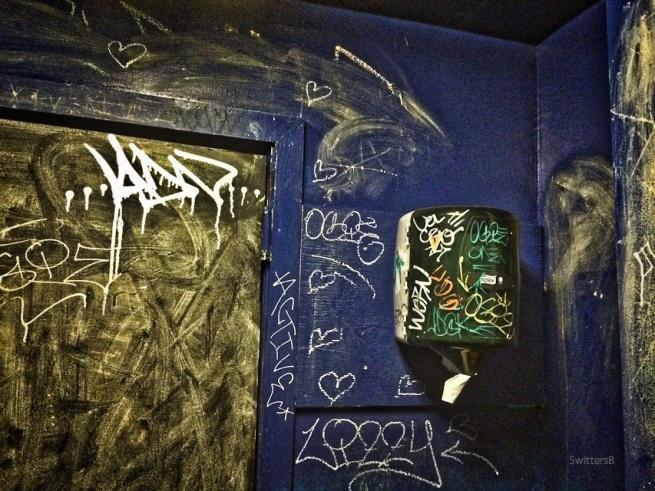 wash hands-bathroom-Portland-graffiti-dive-SwittersB