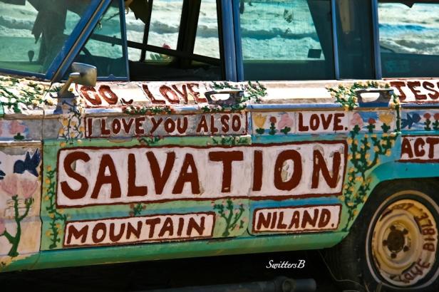 salvation mountain-car-SwittersB