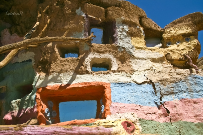 salvation mountain-cracked wall-SwittersB