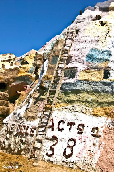 salvation mountain-ladder-repairs-SwittersB