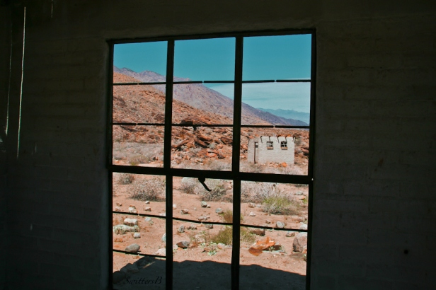wentworth canyon-california-old buildings-desert-SwittersB